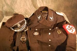 Nazi Uni